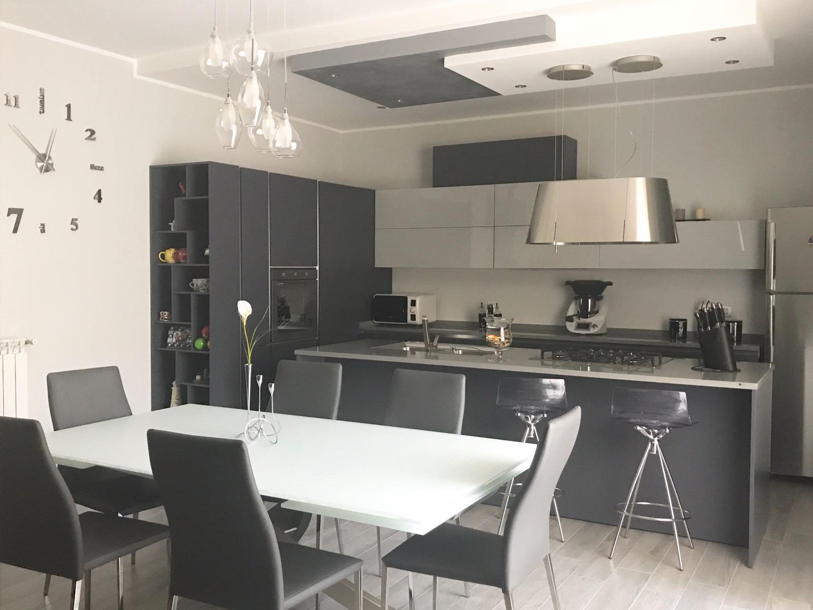 Prezioso Casa e la cucina Stosa di Lucia e Danilo